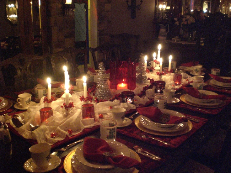 gorgeous dining room christmas