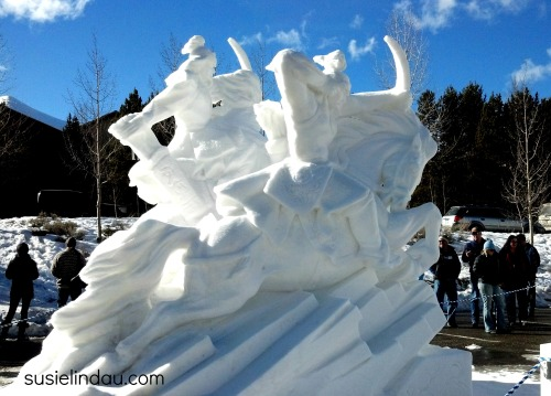 snow sculpture 7