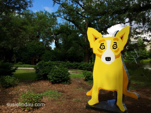 yellow dog sculpture