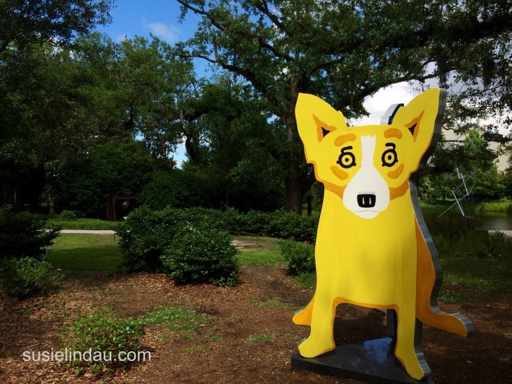 yellow dog sculpture