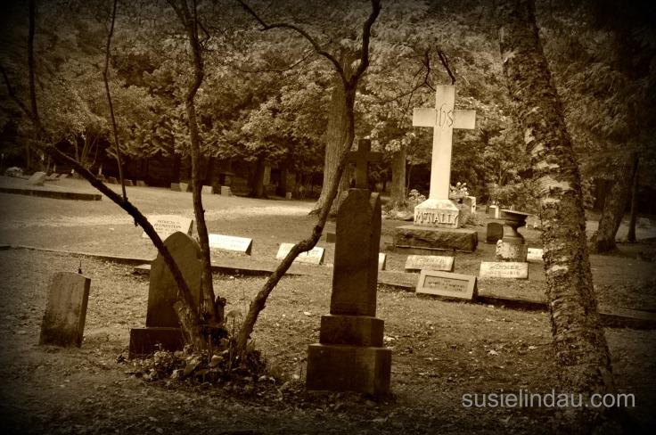 graveyard Mackinac