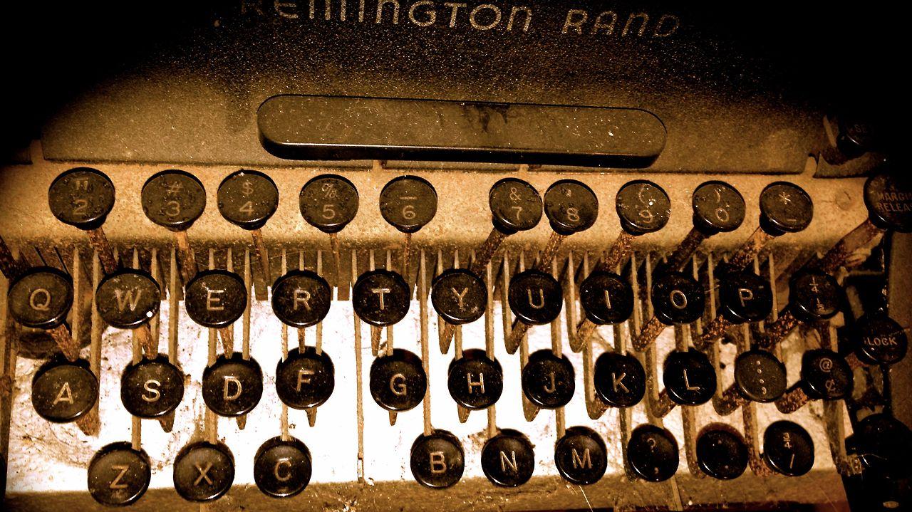 old typeriter keys