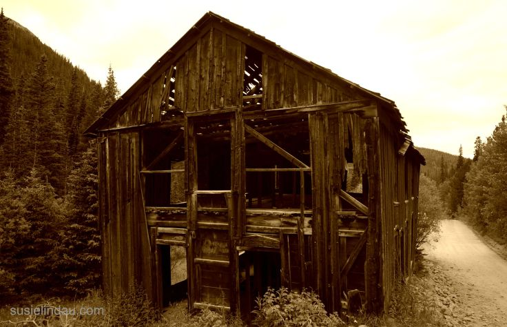 haunted boarding house