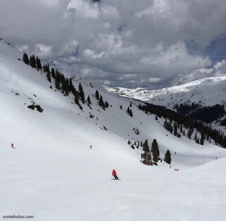 susie lindau skiing peak 6