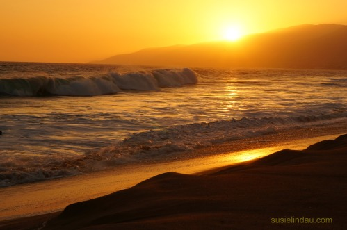 Solid gold summer sunset in Malibu