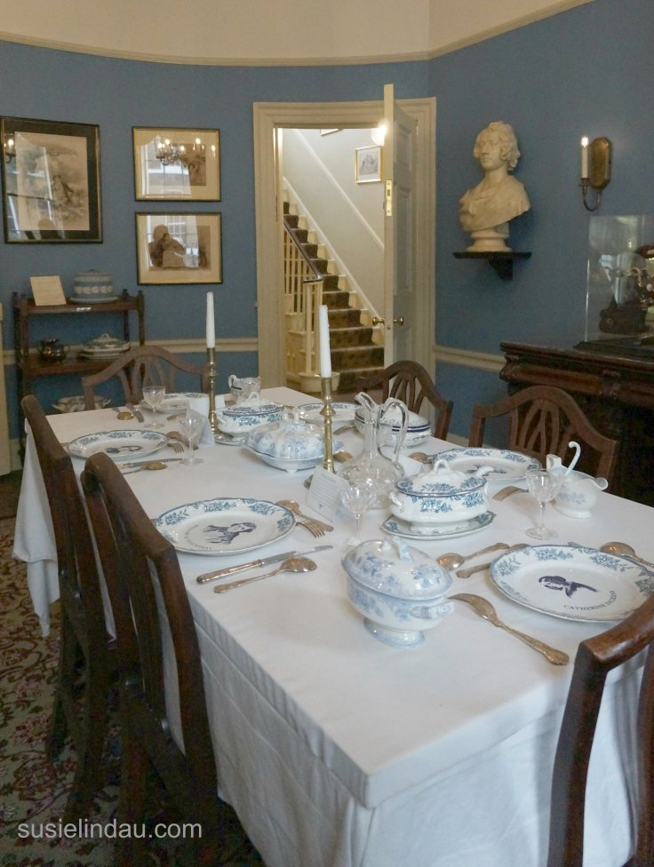 A day in London! Charles Dickens dining room on a tour at his home! #Travel #traveltips #England #London #tours