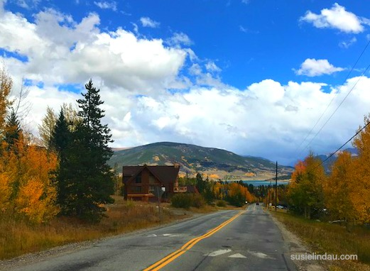 Silverthorne fall color with Lake Dillon