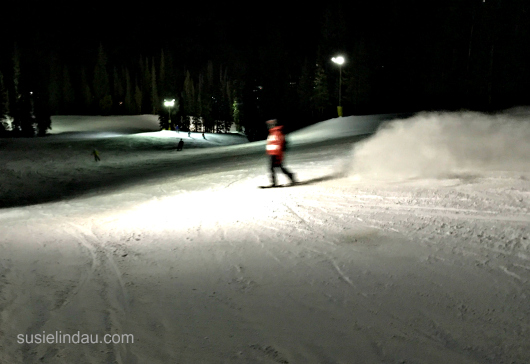 Night snowboarding