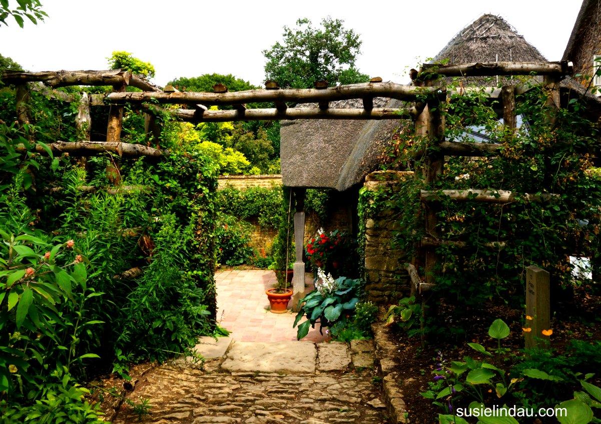 Take A Photo Tour Through Hidcote Manor Garden