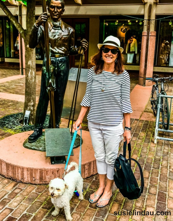 Traveling with dogs. Me and Roxy in Aspen. What to expect and how to travel with pets so they have a good time too! #Travel #traveltps #travelwithdogs #pets #dogs