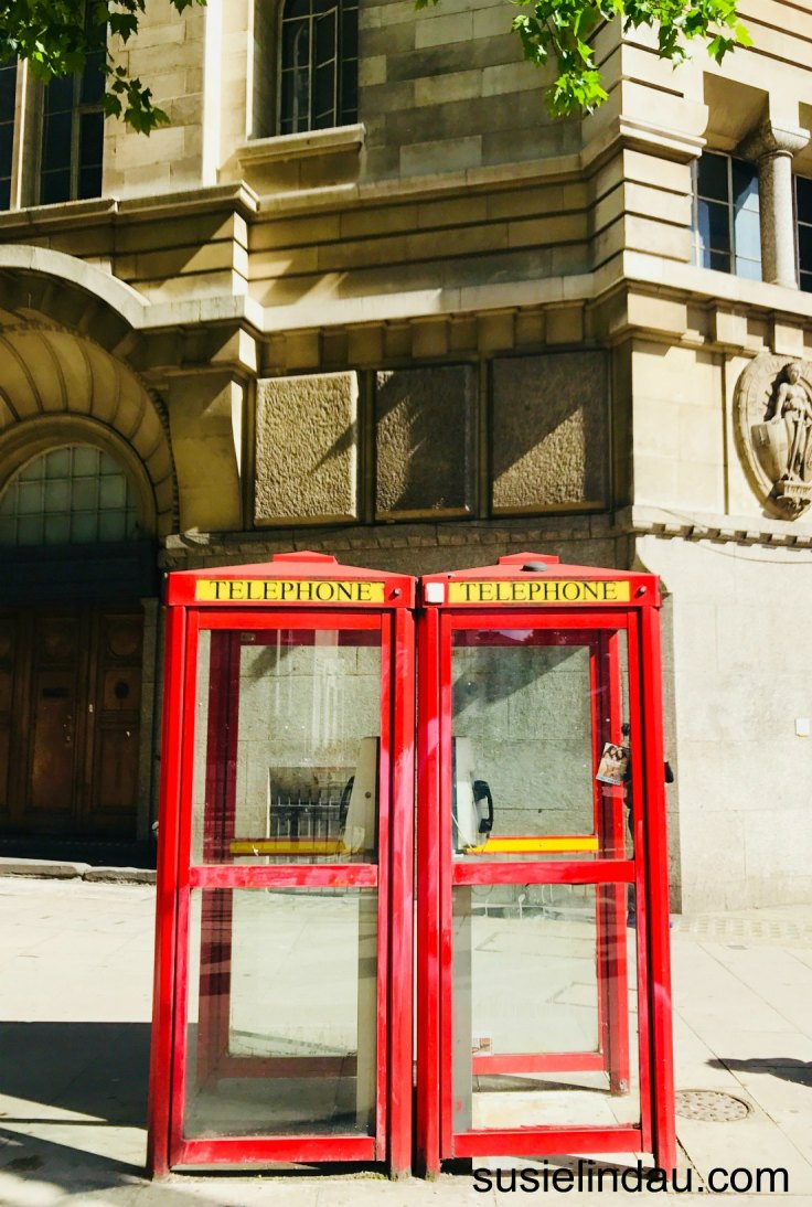 London and Edinburgh travel ideas! Classic red phone booths. Click for travel tips!