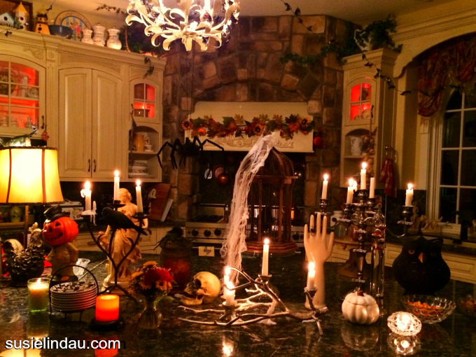 Creepy Halloween decor to get you in the mood for Halloween! A kitchen that will give you shivers! susielindau.com #Halloween #Halloweendecor #Autumn #kitchens Spooky stories, Halloween ideas