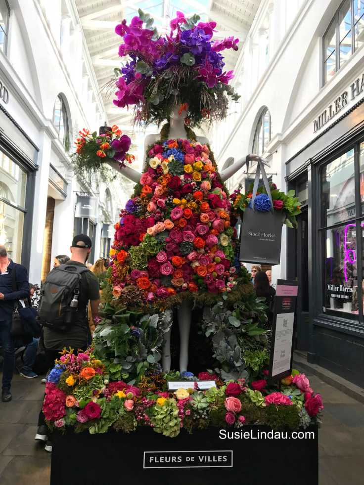 Floral dresses in Covent Garden at the Apple Market Fleurs de Villes Competition. Travel London, tips and advice, Things to do, Bucket list, Fashion, arts and crafts #travel #London #England #Photography #eyecandy