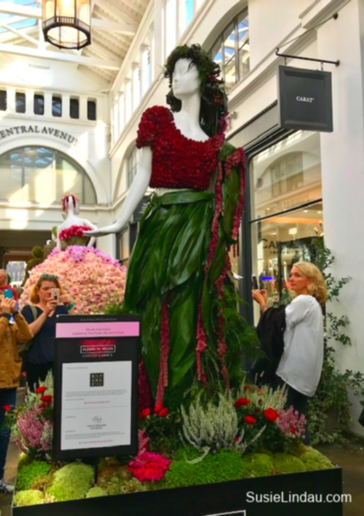 Flower and fauna dress at fleurs de villes at Apple Market in London. Click for photos and reasons to put London on your Bucket list! #London #TravelBucketlist #England #Couture #fashion