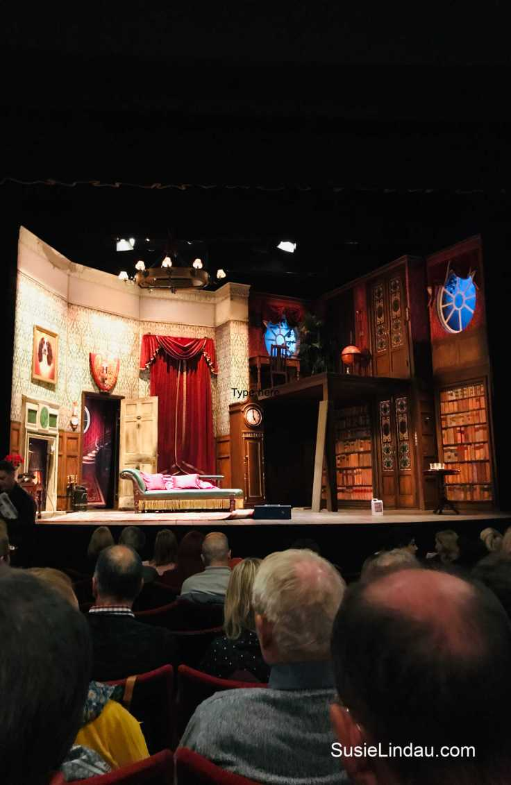 The Play that Goes Wrong after a night at The Savoy that went very right. Click for photos of high tea and a night in London! Theater, culture, and entertainment, London travel tips and advice, Things to do in England, Europe travel destinations #theater #theplaythatgoeswrong #theaterreview #London #traveltips