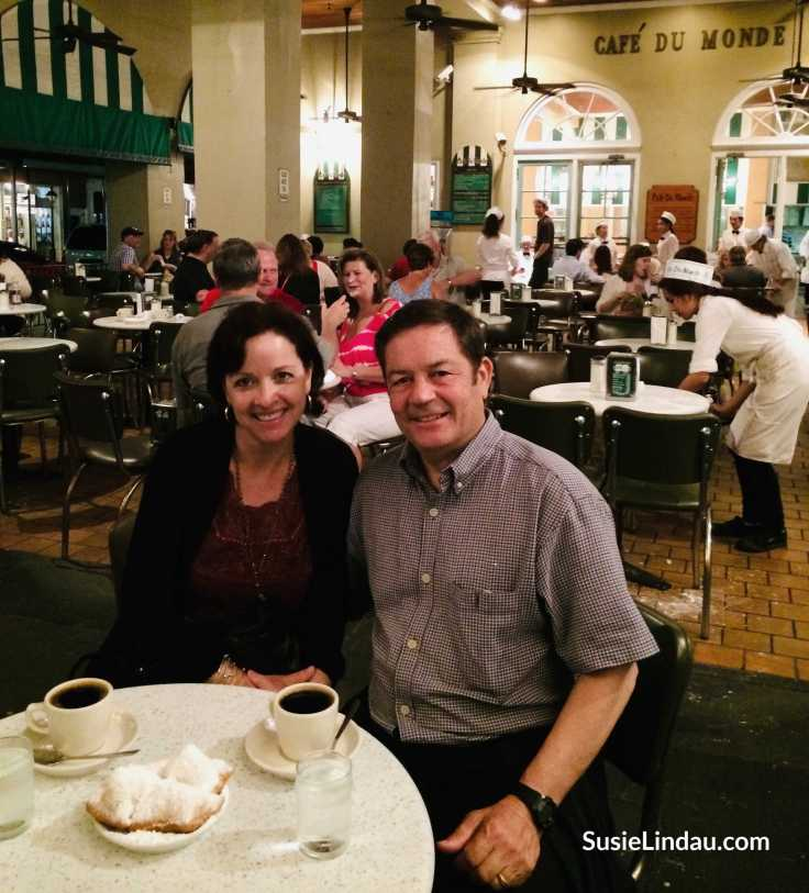 Café du Monde. One of many fun things to do in the French Quarter. Click for 14 funky ideas!