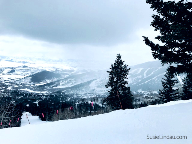 A view from Park City Ski Resort. Click for travel tips and photographs of this amazing area and town in Utah! #raveltips #travelNorthAmerica #Skiresorts #ParkCity #utah