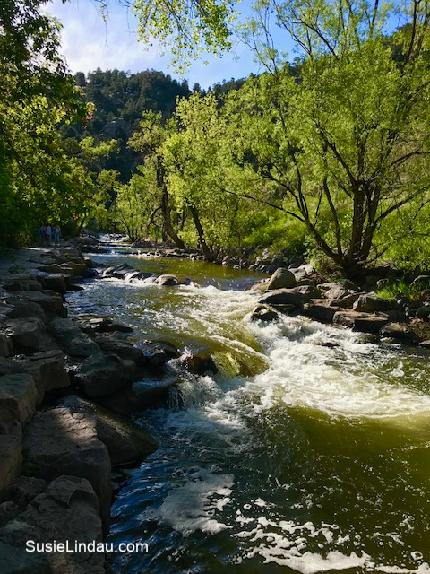 High water on Boulder Creek! Click for photos of this amazing place!