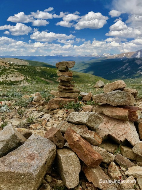 Stacking rocks on Hoosier Pass. Click for photos of this amazing hike!