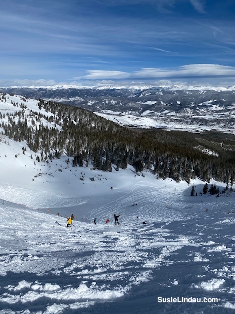 Happy snowboarders in Breck