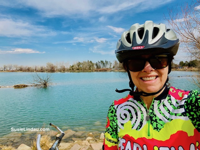 social distancing at Coot Lake by biking. I stopped to take a selfie in front of the lake